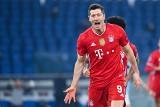 Robert Lewandowski w niesamowitym gazie! Hat trick Polaka w pierwszej połowie meczu Bayern - VfB Stuttgart [WIDEO]