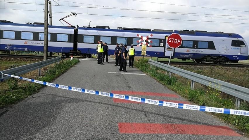 Zginęła matka z dwójką dzieci. Maszynista pociągu usłyszał zarzuty po tragedii w Lubieniu Kujawskim