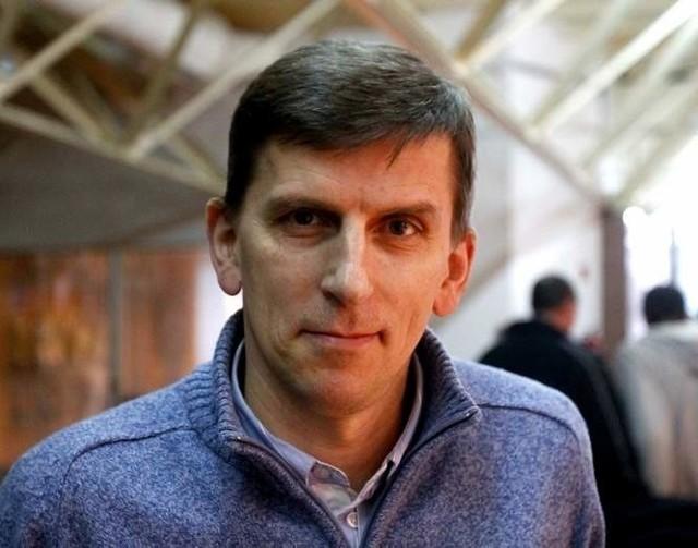 – Spokojnie wejdźmy w sezon i zacznijmy budować swoją grę - twierdzi Zdzisław Gogol, trener PSPS Chemika Police.