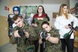 Liceum Ogólnokształcące Centrum Szkół Mundurowych w Białymstoku dostało nowy sprzęt od Ministerstwa Obrony Narodowej (zdjęcia)