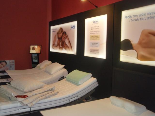 Poduszki do spaniaNowoczesne poduszki nie tylko zapewniają mięśniom szyi i ramion relaks, poprawiają jakość snu, ale też zmniejszają chrapanie i likwidują dolegliwości w obrębie szyi i barków.
