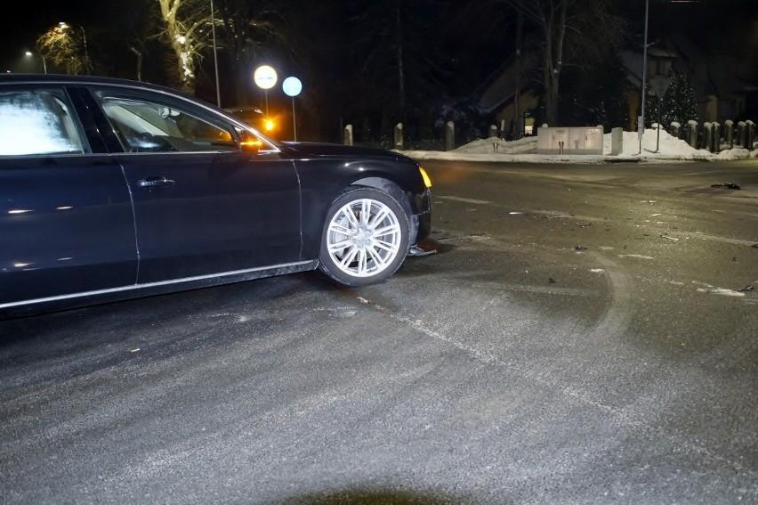 Audi wprost pod jaguara. Groźna kolizja przy ul. Kaszubskiej...