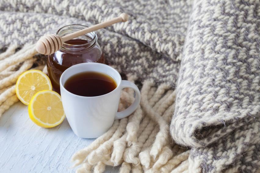 Herbata przygotowana z wysokiej jakości liści, jest nie...