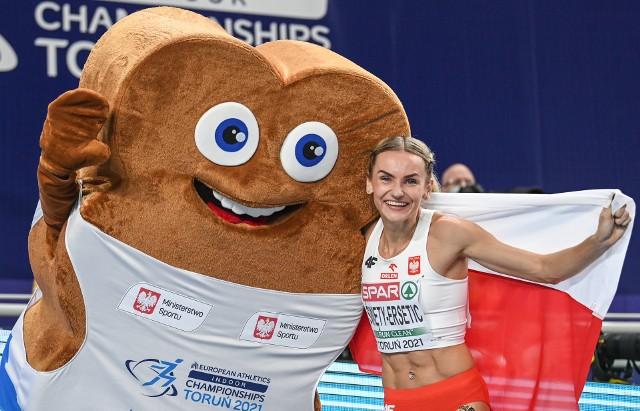 Justyna Święty-Ersetic zdobyła srebrny medal w biegu na 400 metrów podczas halowych mistrzostw Europy w Toruniu