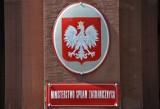 Książę Akishino w Polsce. A w MSZ wojna. Co jest jej powodem?