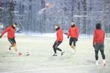 Piłkarze Widzewa trenują w piątek w powiększonym składzie