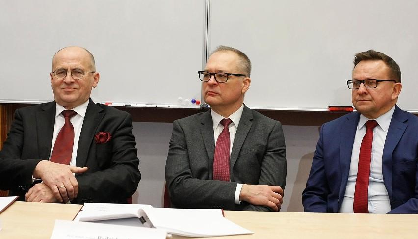 Zbigniew Rau (pierwszy z lewej)