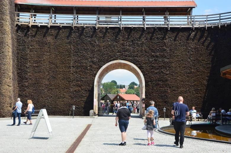 W Wieliczce powstał zamiejscowy oddział Polskiej Organizacji Turystycznej, odpowiedzialny za obsługę i promocję Bonu Turystycznego (zdjęcie ilustracyjne)