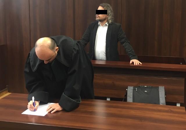 Dzisiejszy wyrok nie jest prawomocny. Pełnomocnik Azzama F. już zapowiedział apelację bo uważa, że jego klient został znieważony na tle rasowym.