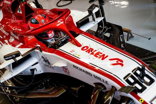 Najszybsze Mercedesy... i Vettel. Kubica też jechał