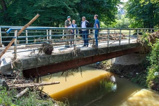 Zniszczony most w Krzyszkowicach będzie wymagał odbudowy