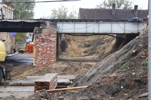 Trwa przebudowa wiaduktu kolejowego nad ulicą Batorego w Zielonej Górze
