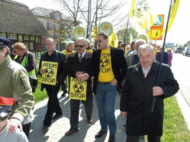 Mieszkańcy Mielna aktywnie sprzeciwiali się planom budowy elektrowni atomowej w swojej okolicy. Organizowali protesty, marsze, majówki.