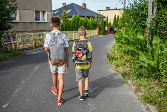 Główny Inspektorat Sanitarny wydał wytyczne, do których szkoły powinny się zastosować, gdy zostaną otwarte. Dyrektorzy szkół podstawowych w Poznaniu według tych zasad przygotowują placówki do przyjęcia dzieci.