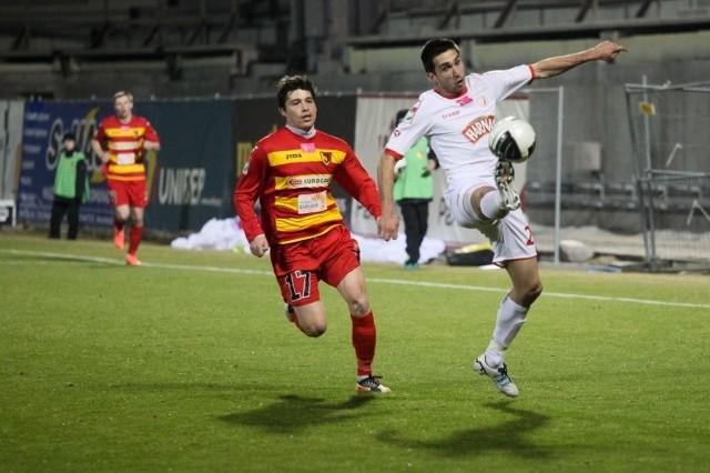 To może być ostatni mecz w barwach Jagi Alexisa Norambueny (z lewej), któremu kończy się kontrakt z klubem
