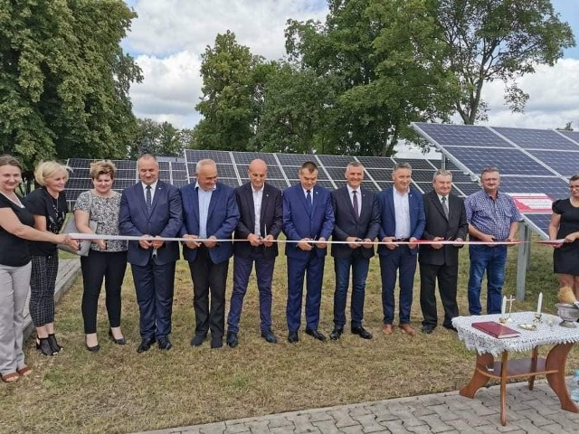 Oficjalne podsumowanie inwestycji odbyło się w piątek, 2 lipca. Uczestniczyli w nim włodarze gmin powiatu lipskiego oraz wicemarszałek Rafał Rajkowski.