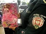 Uwaga rodzice! Groźne dla zdrowia chińskie lalki trafiły do Polski