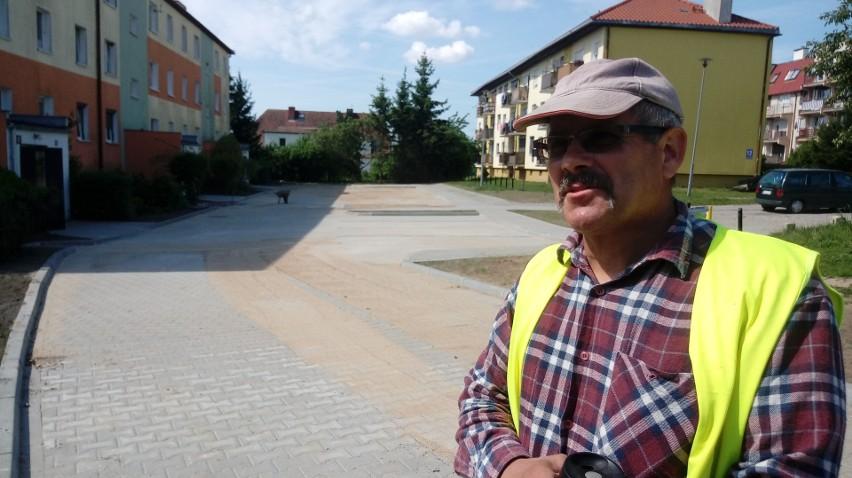 - Mieszkańcy nie powinni mieć już żadnych problemów z zalewaniem okolicy - mówi Ryszard Szymański, pracownik gorzowskiej firmy, która w piątek  sprzątała po zrobionym przez siebie remoncie