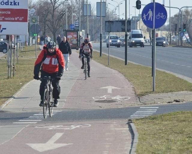 W tym roku ZDiT chce oddać 10 km nowych ścieżek rowerowych, dwa razy mniej niż przed rokiem.