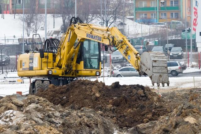 O ile duże firmy budowlane poradzą sobie bez trudu, firmy małe i średnie mogą mieć w 2021 r. kłopoty.