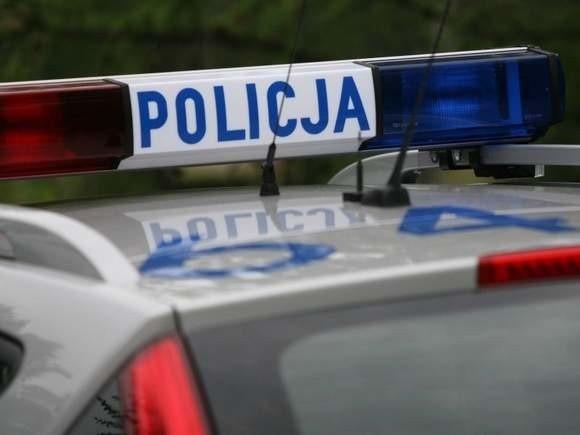 Policjanci zostali poinformowani o kolizji w Suchorzu.