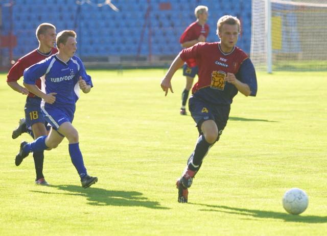Przez 72 minuty w drużynie Pogoni zagrał Tomasz Parzy (z prawej). Miejmy nadzieję, że po kontuzji szybko powróci do gry w pierwszym zespole.