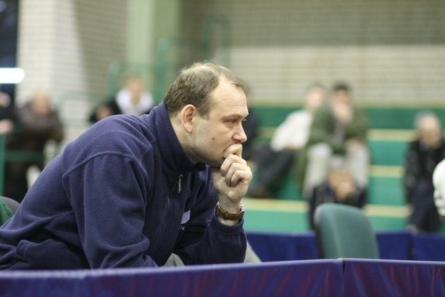 Trener Piotr Napiórkowski ma nad czym myśleć przed kolejnymi meczami Barucha Prokadru