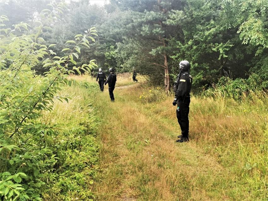 Morderstwo w Borowcach. Poszukiwania mężczyzny trwają...
