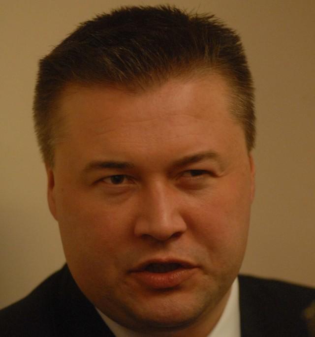 Oficer łącznikowy policji polskiej, podinspektor Robert Barański mówił między innymi o tym, jak obecnie wygląda współpraca policji polskiej i niemieckiej.