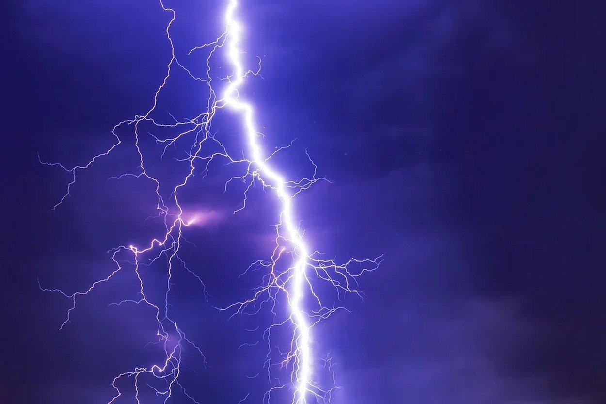Gdzie jest burza 16.07.2020? Radar burzowy online. Burze z gradem nawiedzą Podlaskie. Ostrzeżenie IMGW  | Kurier Poranny
