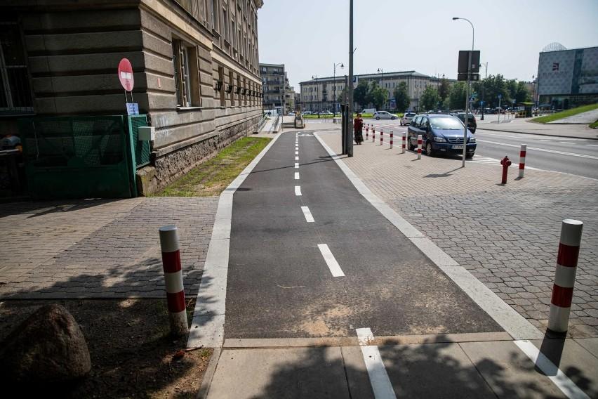 Skończyła się budowa ścieżki rowerowej na ul. Kalinowskiego....