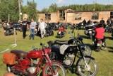 Wielkie święto miłośników motoryzacji. Można porozmawiać, wymienić doświadczenia i pooglądać zabytkowe motocykle. Zobacz zdjęcia