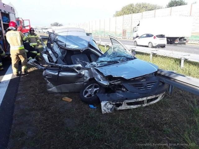 Tragiczny wypadek na autostradzie A2. Jeden z kierowców w stanie ciężkim