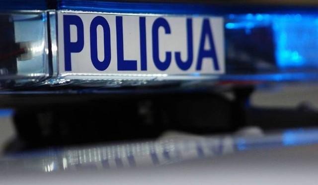 Pijany kierowca rozbił volkswagena na Młynowej. Zatrzymał go świadek zdarzenia