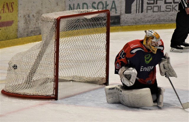 Hokej, ekstraklasa; Energa Toruń - Re-Plast Unia Oświęcim 1:2.
