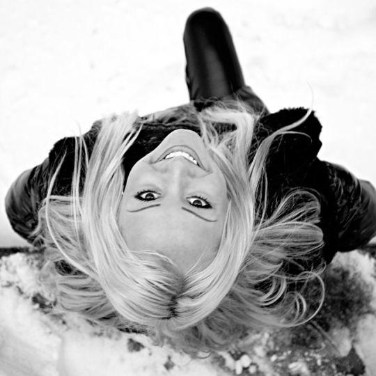Paulina GwóLdz ma 18 lat i mieszka w Zielonej Górze. Jak sama pisze: - Moją ambicją jest zostac fryzjerką. Interesuje sie kosmetyką i modelingiem.Aby zaglosowac na Pauline wyślij sms o treści MISSLATA.37 na nr 72051. Koszt 2,44 zl z VAT.