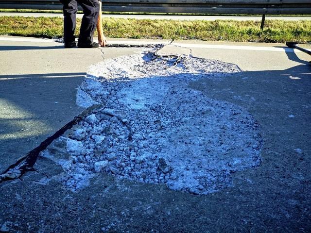 Zniszczenia autostrady z piątku - 21 sierpnia 2020