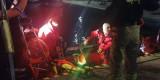 Strażacy z Polic uratowali żeglarza. Udana akcja na Zalewie Szczecińskim. ZDJĘCIA
