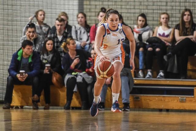 Iwona Szarzyńska zdobyła 16 punktów i była najskuteczniejszą zawodniczką Pomarańczarni MUKS