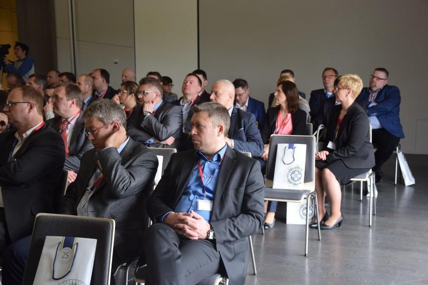 W Pałacu Mierzęcin odbyła się konferencja dotycząca...