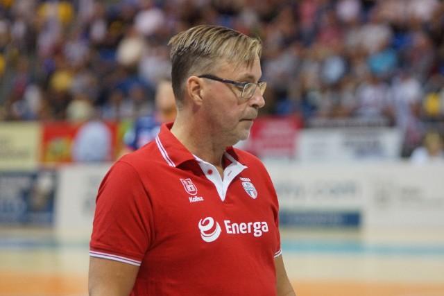 Szwedzki trener Patrik Liljestrand w dwóch ostatnich sezonach prowadził zespół MKS-u Kalisz, z którym kończył rozgrywki odpowiednio na 9. i 6. miejscu