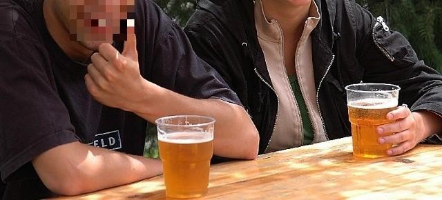 Piwo to obecnie najbardziej popularny trunek w Łodzi, spożywany w pubach, piwnych ogródkach i na działkach.