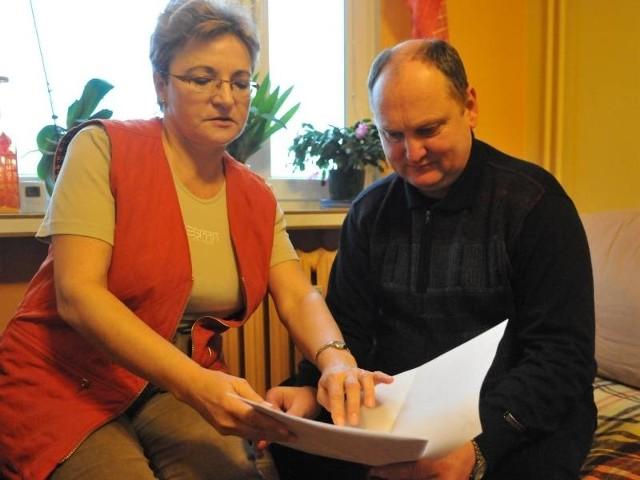 Roman Gremblewski i Bożena Joks chcą, aby gazownia zapłaciła za cierpienia mieszkańców