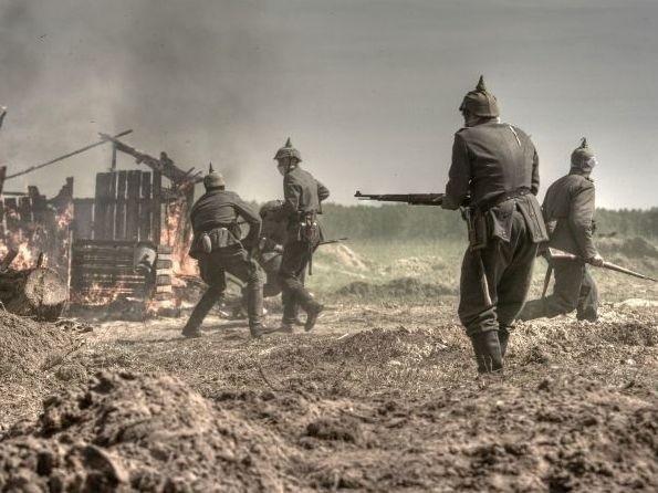 Stowarzyszenia Rekonstrukcji Historycznej 51 Pułku Piechoty Strzelców Kresowych z Iłży przygotowuje wyjątkowo realistyczne sceny walk.