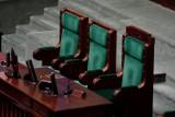 Sejm zaczyna prace TRANSMISJA NA ŻYWO 12.11 Pierwsze posiedzenie IX kadencji. Na Wiejskiej nowe otwarcie, walka o Senat wciąż trwa