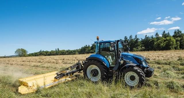 New Holland ciągle jest na czele zestawienia najlepiej sprzedających się ciągników rolniczych w Polsce. W maju zostało zarejestrowanych 226 niebieskich traktorów.