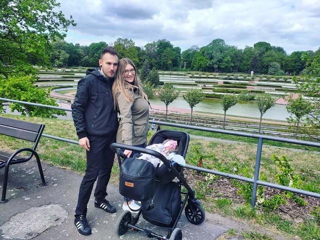 Rodzice Tosi, Dawid i Patrycja Popławscy, rok temu wędrowali z nią podczas Majówki wśród najpiękniejszych miejsc stolicy Wielkopolski