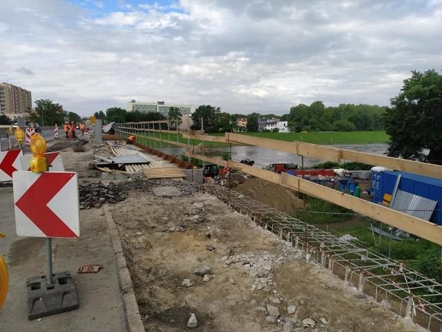 Remont mostu na ulicy Nysy Łużyckiej w Opolu