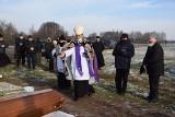 Pogrzeb śp. ks. Franciszka Lucjana Mastalerczuka. Wierni pożegnali kolejnego kapłana z regionu