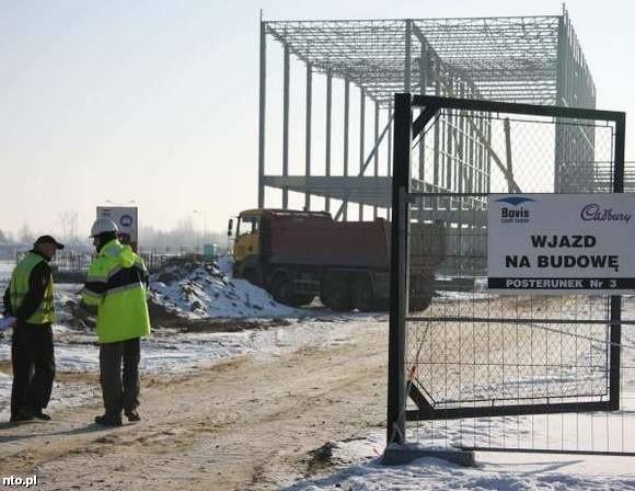Finał prac budowlanych nowej fabryki przewidywany jest dopiero na przyszły rok.